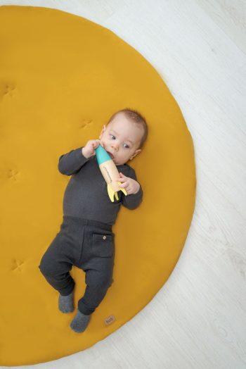 játszőszőnyeg mustár